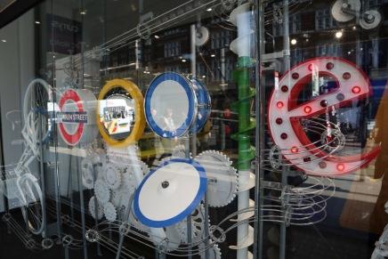 صور: جوجل تفتتح أول متاجرها في لندن لتنقل تجربتها الممتعةللجميع