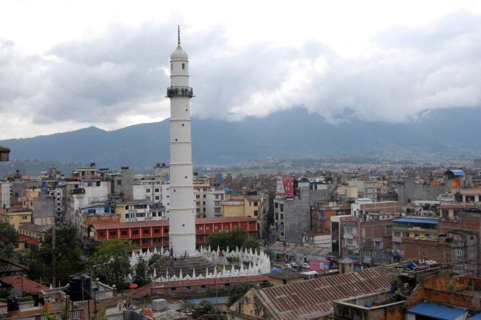 dharahara-tower-before-1254