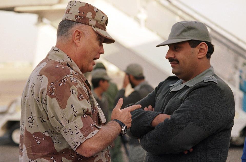 Norman Schwarzkopf,  Khalid Bin Sultan