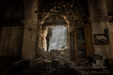 نقاش أكاديمي حول اتجاهات الحروب البشرية: هل هناك حرب كبرى قادمة؟ أم سلام عالميطويل؟