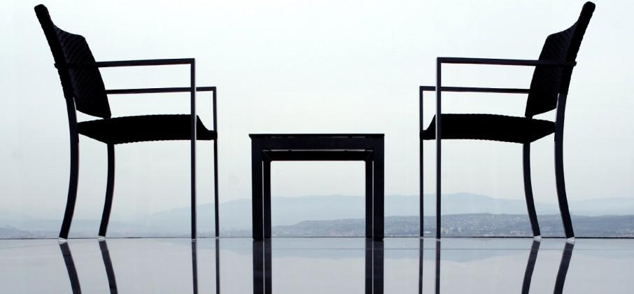 chairs-pano_26084
