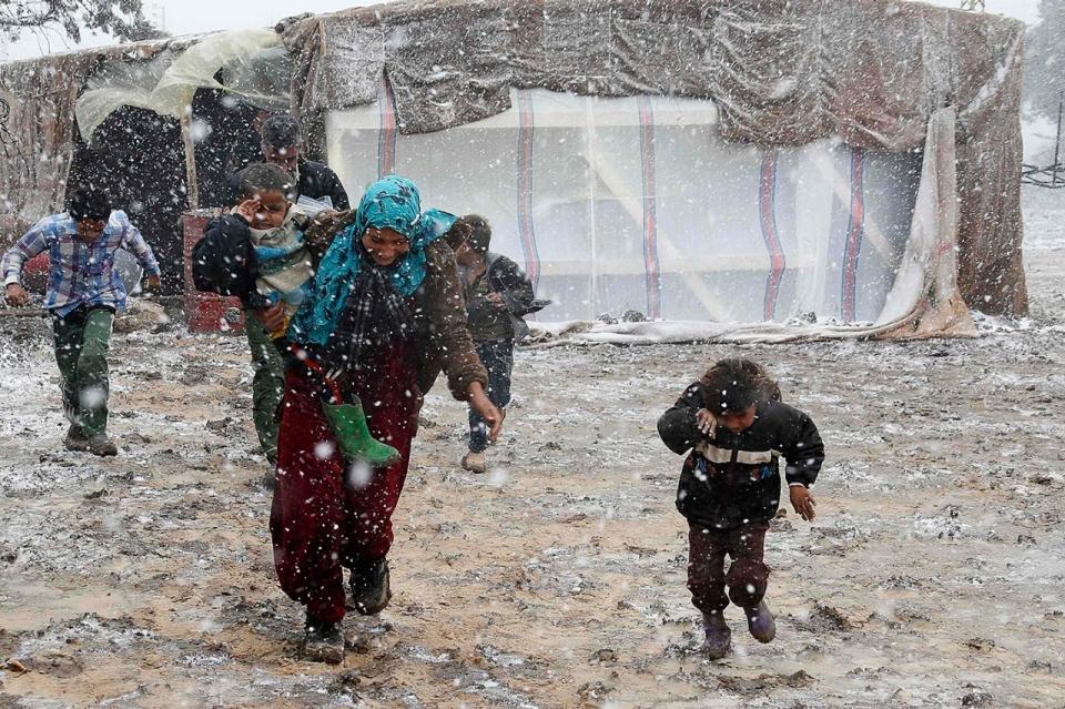 الحياة في مخيمات اللاجئين مليئة بالصعوبات
