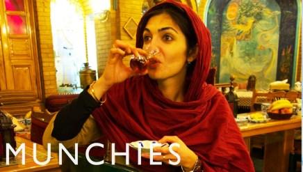 Munchies Guide To Tehran: ثلاث فيديوهات تأخذك في رحلة عبر طهران للتعرف على المطبخالإيراني