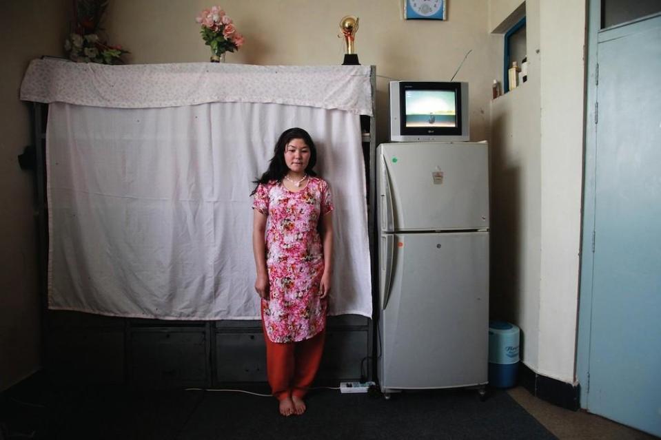 portraits-of-afghani-women-imprisoned-for-moral-crime-234-1431715460-size_1000