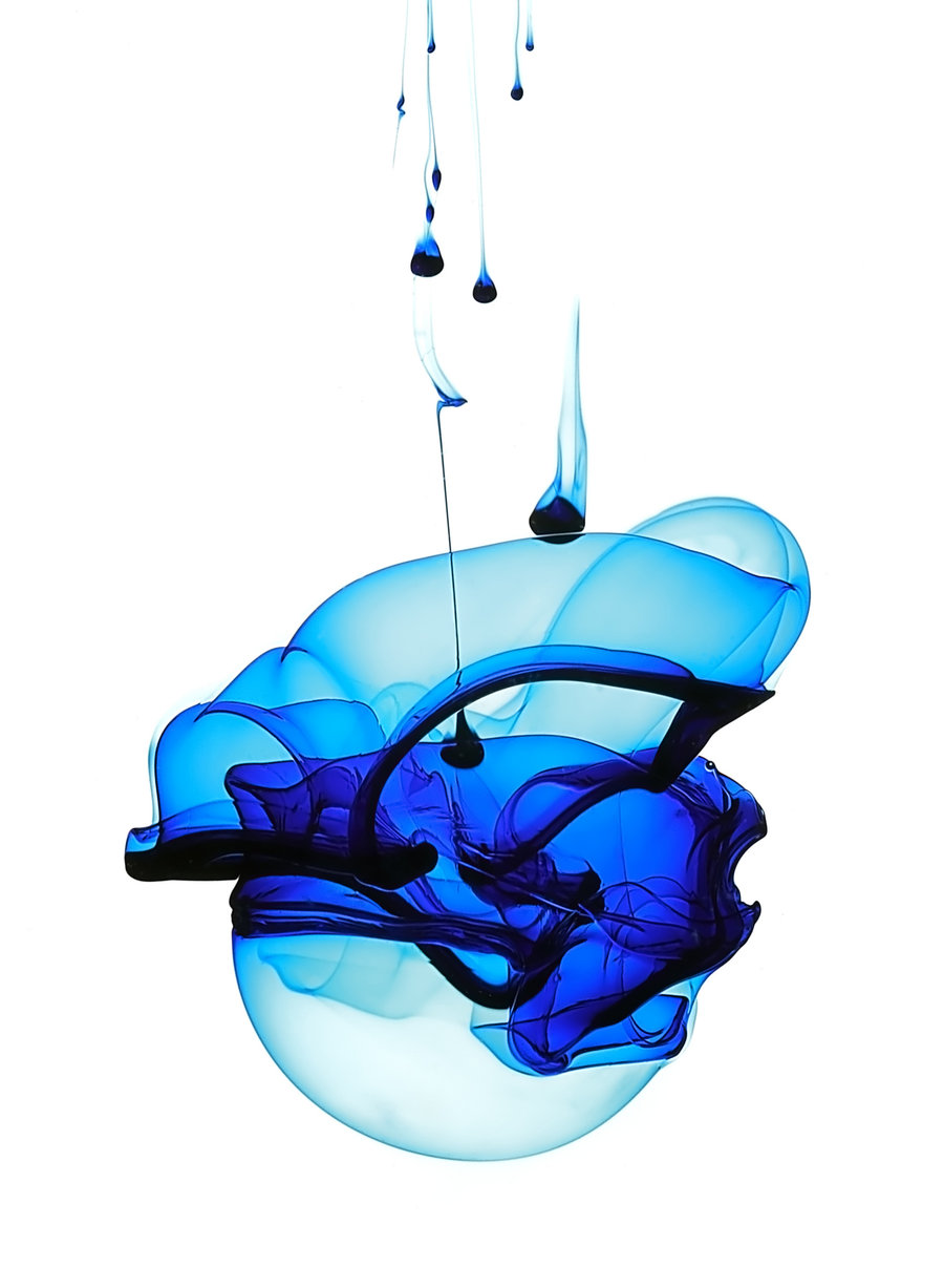 blue_ink_in_water_by_kokoshadow-d2xx5bk