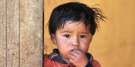دراسة: هل للفقر تأثير على أدمغةالأطفال؟