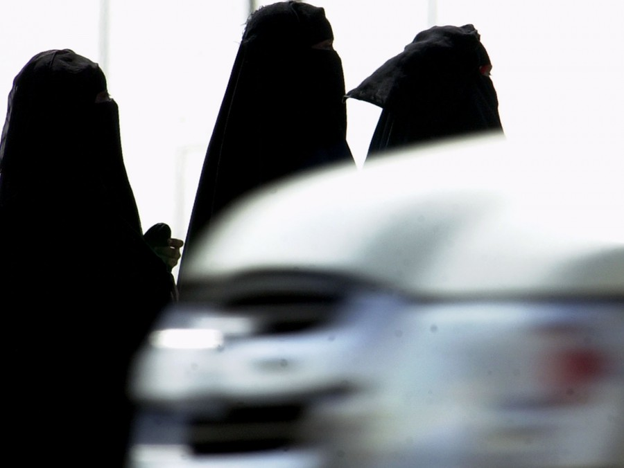 Mideast Saudi Women Driving