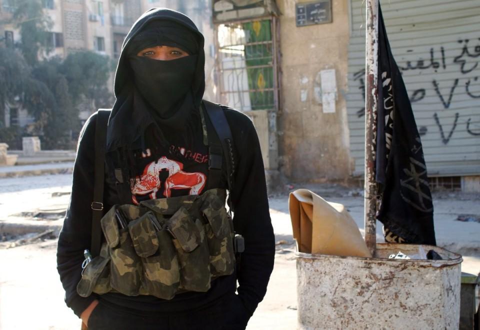 كيف يتحول الأشخاص العاديون إلى إرهابيين؟
