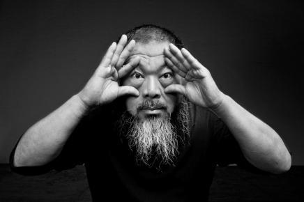 الفنان الصيني أي وي وي: المحارب الذي تحول إلى ظاهرةعالمية