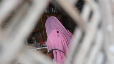 سرقة الطفولة: فتاة تتمرد على تقاليد الزواج المبكر فيبنغلاديش