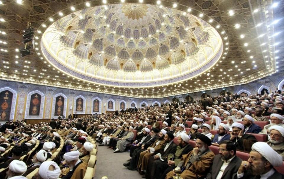 حصار واضطهاد للأقلية السُنة في إيران