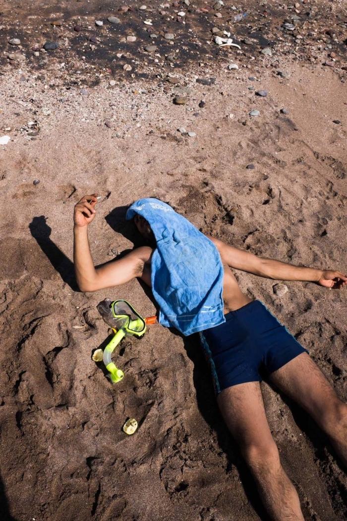 iranian-beach-dreams-body-image-1453691158
