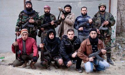 عشرة أشقاء سوريين يحاربون الأسد في حلب يروون قصص الأملوالخيبة