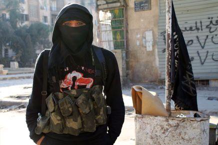 الجذور النفسية: لماذا ينضم العديد من الشباب والمراهقين للجماعاتالإرهابية؟