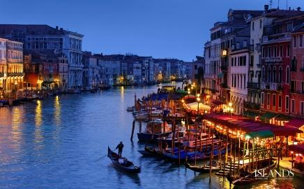 عشر أماكن رائعة حول العالم على وشكالاختفاء