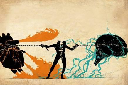 هل يجب أن يتبع الإنسان قلبه أمعقله؟