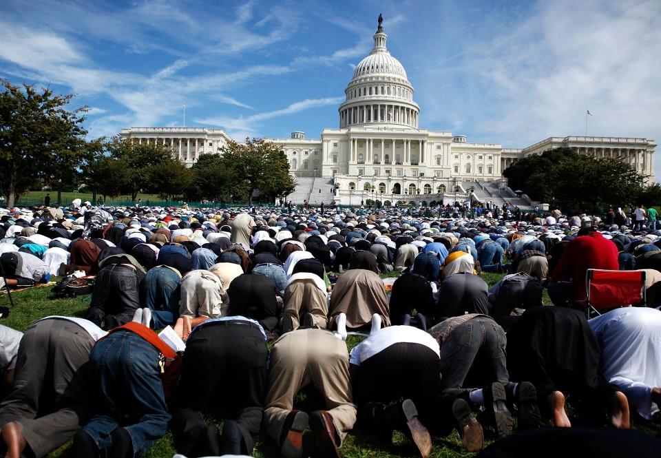 muslims prayer capitol