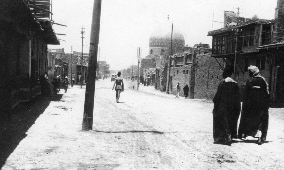أحد شوارع بغداد عام 1918