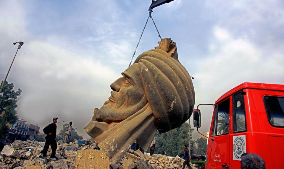 baghdad almansour statue