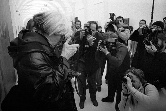Andy-Warhol-paparazzi