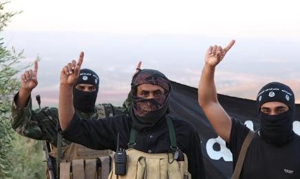 فيديو: بعيداً عن ادعاءات البطولة، كيف يبدو القتال مع داعشفعلاً؟