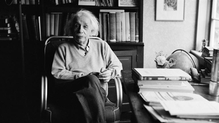 BIO_Bio-Shorts_Albert-Einstein-Mini-Biography_0_181268_SF_HD_768x432-16x9.jpg