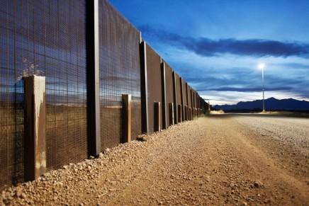 عالم من الجدران: لماذا ازداد بناء الأسوار بين حدودالدول؟