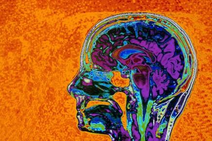 إعادة صياغة التفكير: كيف توقف الأصوات التي تجول فيرأسك؟