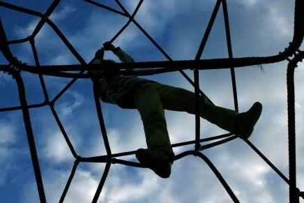 كيف يساعد اللعب على خلق الاستقلالية عندالأطفال؟