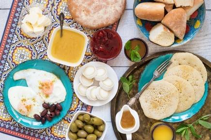 """كيف أصبح الإفطار """"أهم وجبة فياليوم""""؟"""