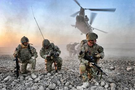 النفط وتجارة السلاح: تقرير تشيلكوت لم يكشف دوافع بريطانيا الحقيقية لخوض حربالعراق