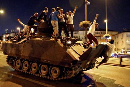 بعد الانقلاب: تركيا تستعين بشركات أميركية متخصصة لتحسين صورتها في الولايات المتحدةوالعالم