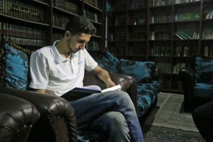 حول المكتبة السريّة في سورية: أهالي داريّا يستعيضون بالكتب وسط الحربوالحصار